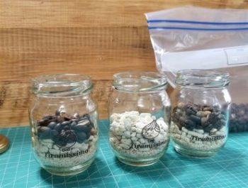 古くなったコーヒー豆を使う