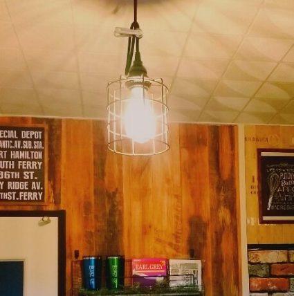 キッチンライトをエジソン電球に変える