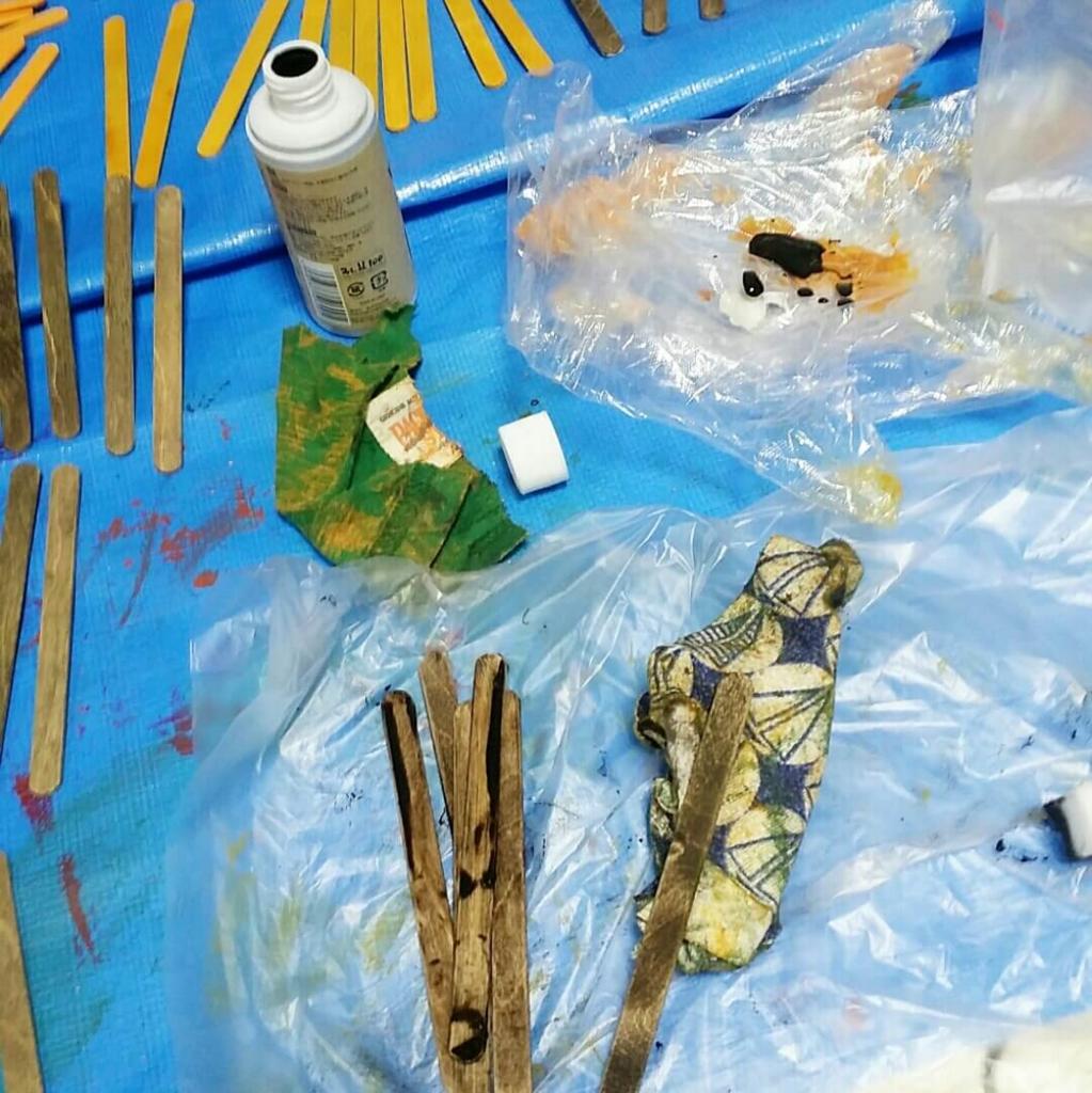 100均DIYのビンテージ塗装の方法