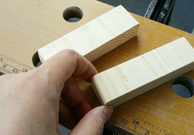 木製取っ手を作る端材
