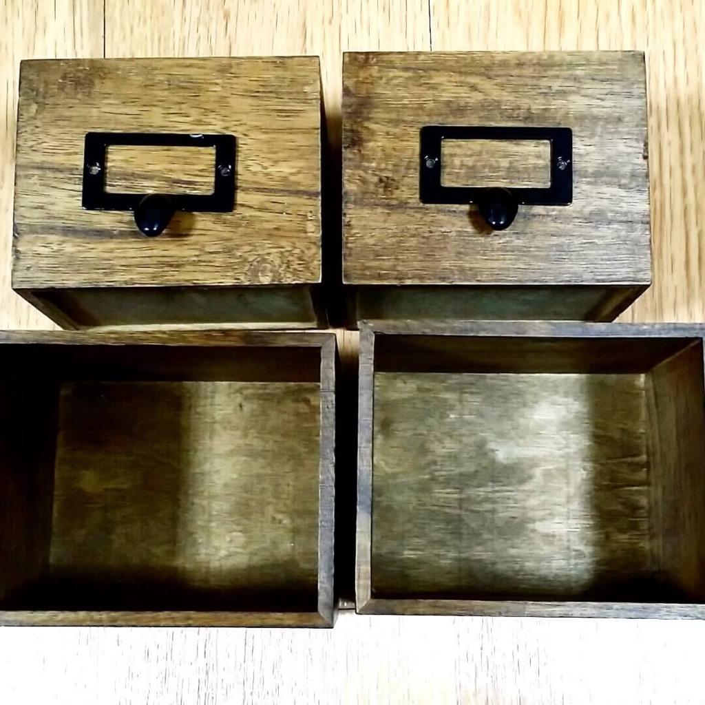 ブライワックスで着色したダイソーの木箱