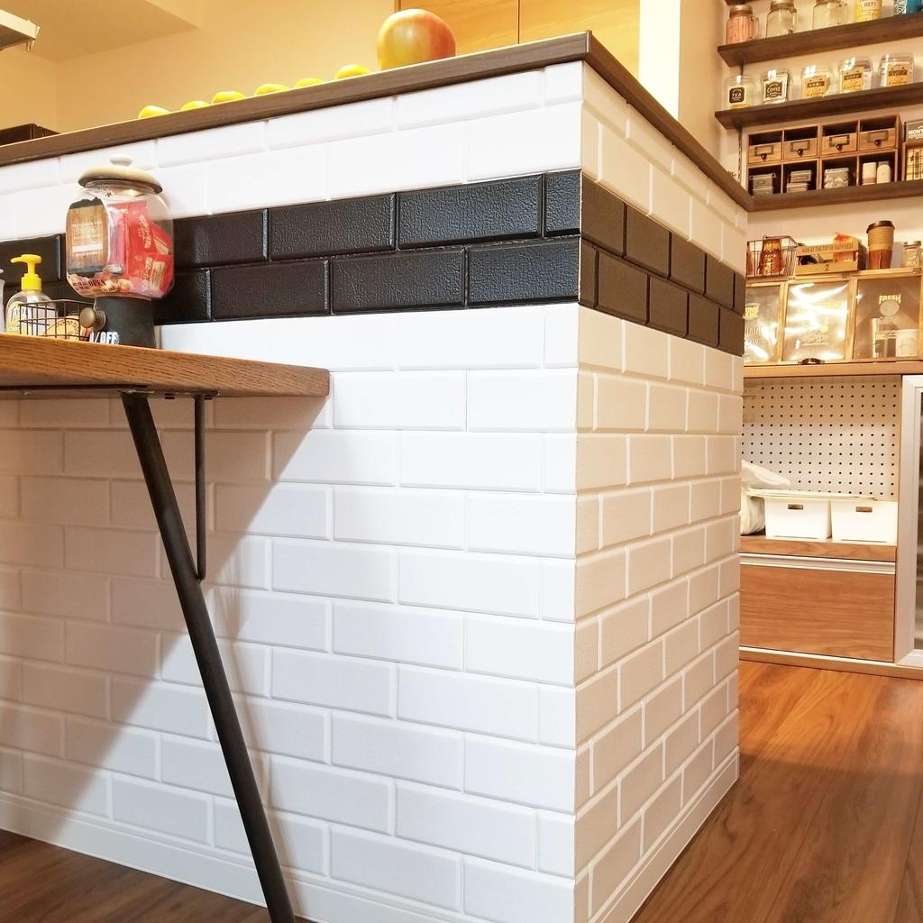 タイル張りのキッチンカウンターをDIY