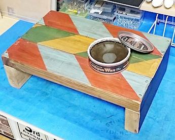 100均の水性塗料にアンティークワックスを重ね塗る