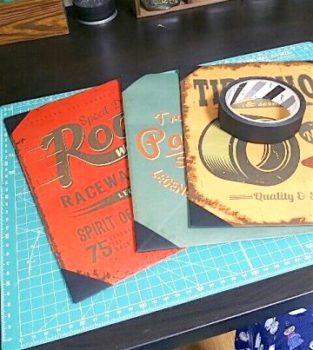 紙袋リメイクでマスキングテープ貼った紙袋3つ