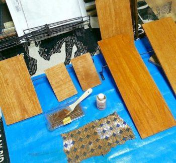 100均DIYで使う木材を水性ニスで塗装する